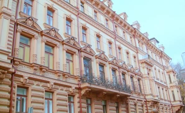 Продажа квартиры, Романов переулок 3